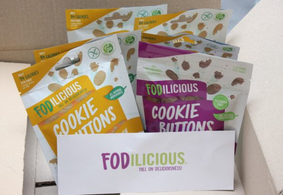 Trying the Fodilicious Ginger Crunch Cookie Buttons* – A Gluten Free Review